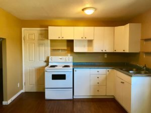 One bedroom + den, One bath Winfield $850