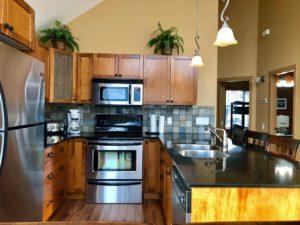 3 Bedroom, 2 Full Bathroom Cottage at La Casa! $2090