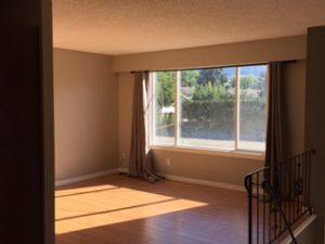 Four bed Two bath half duplex in Rutland $2100