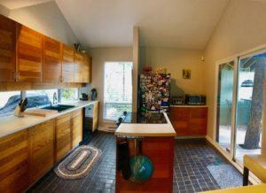 2 Bed plus den 1.5 bath Contemporary home West Kelowna, Sept 1, $2300