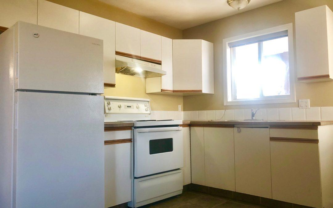 2 Bed 1 Bath Suite, Central Rutland! $1250
