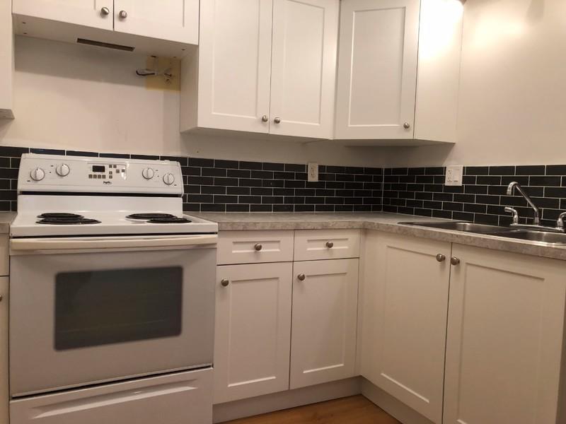 Renovated 2 Bedroom, 1 Bathroom. $1150